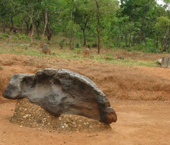 mbozi meteorite tanzania iron